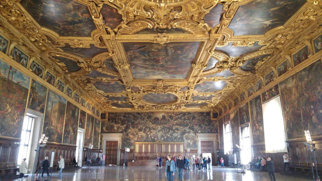 Itineraio Dormire a Venezia_ Palazzo Ducale, interno.