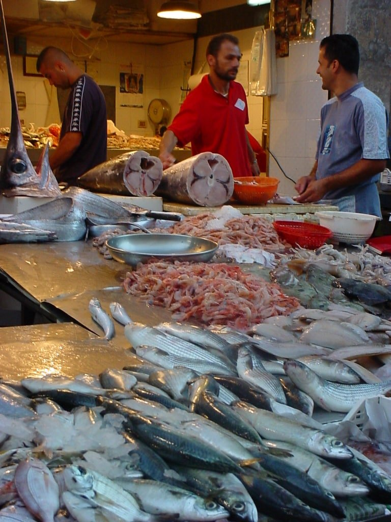 mercato del pesce a siracusa