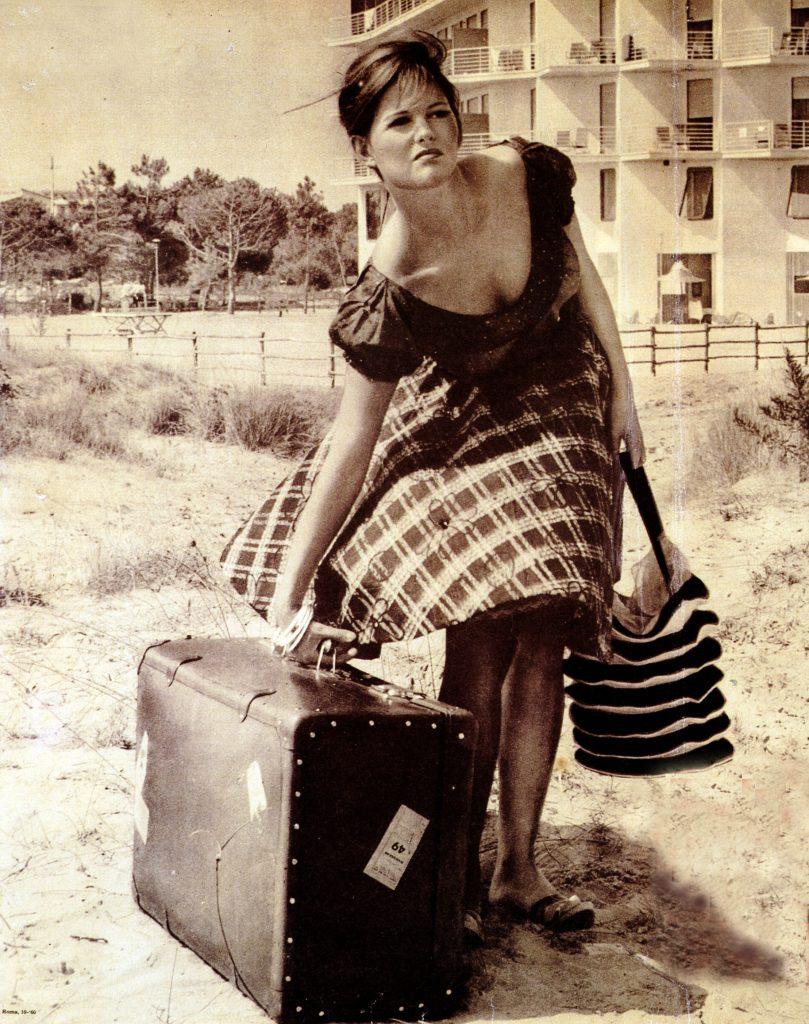 Cosa mettere in valigia? Scarica la lista da portare sempre con te per risparmiare tempo.