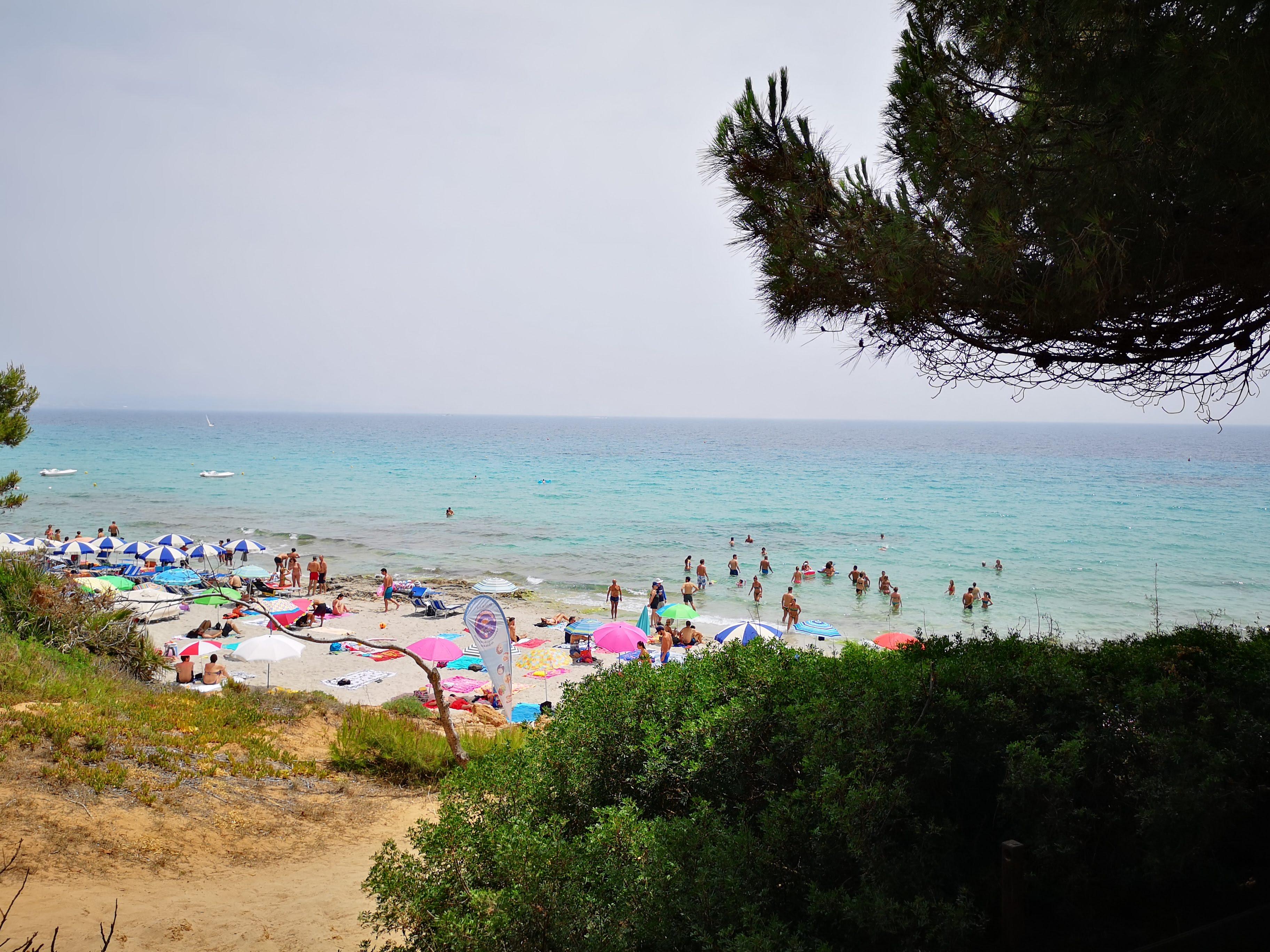 Spiaggia_le_bombarde_alghero