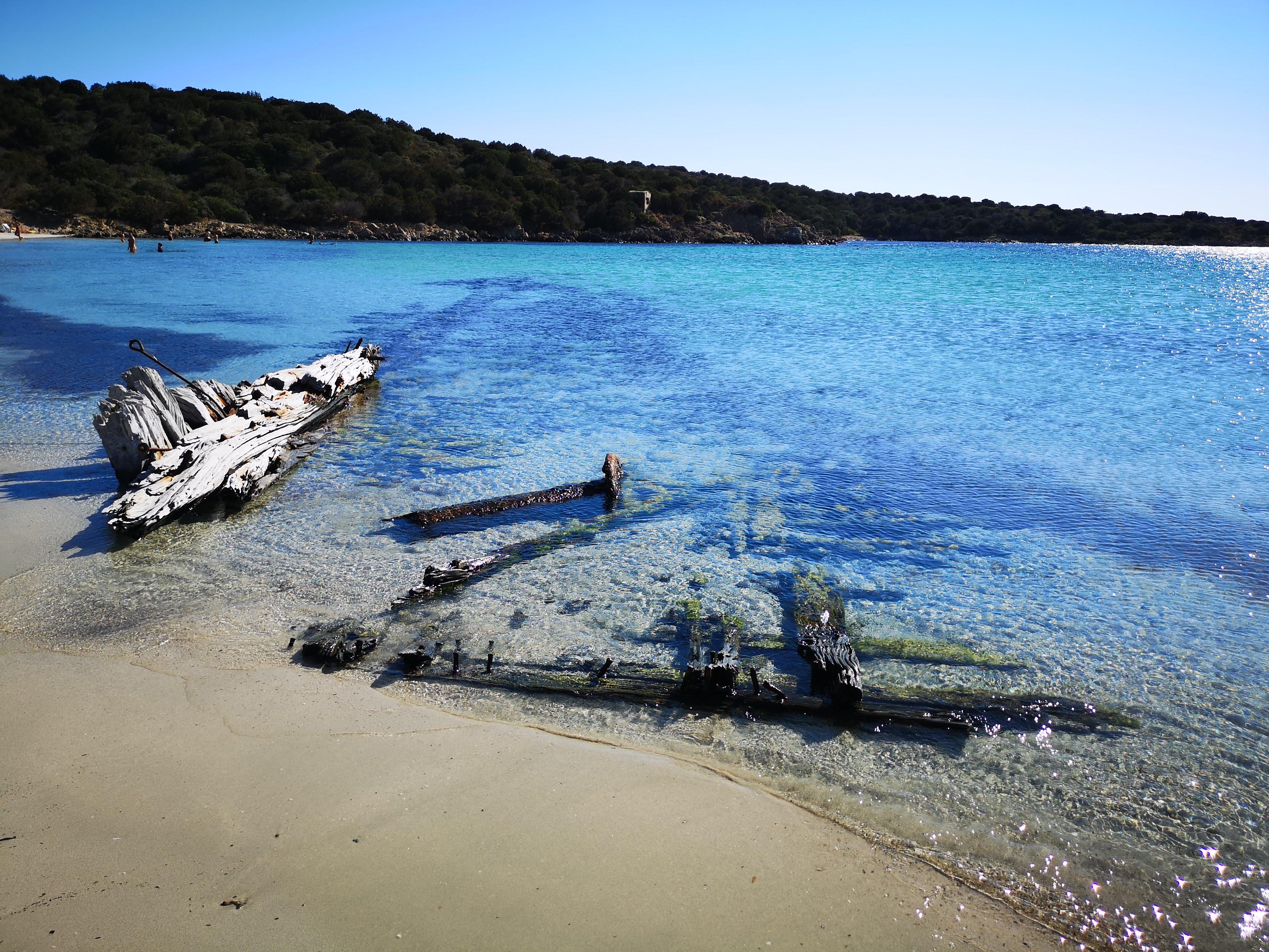 spiaggia_del_relitto_caprera