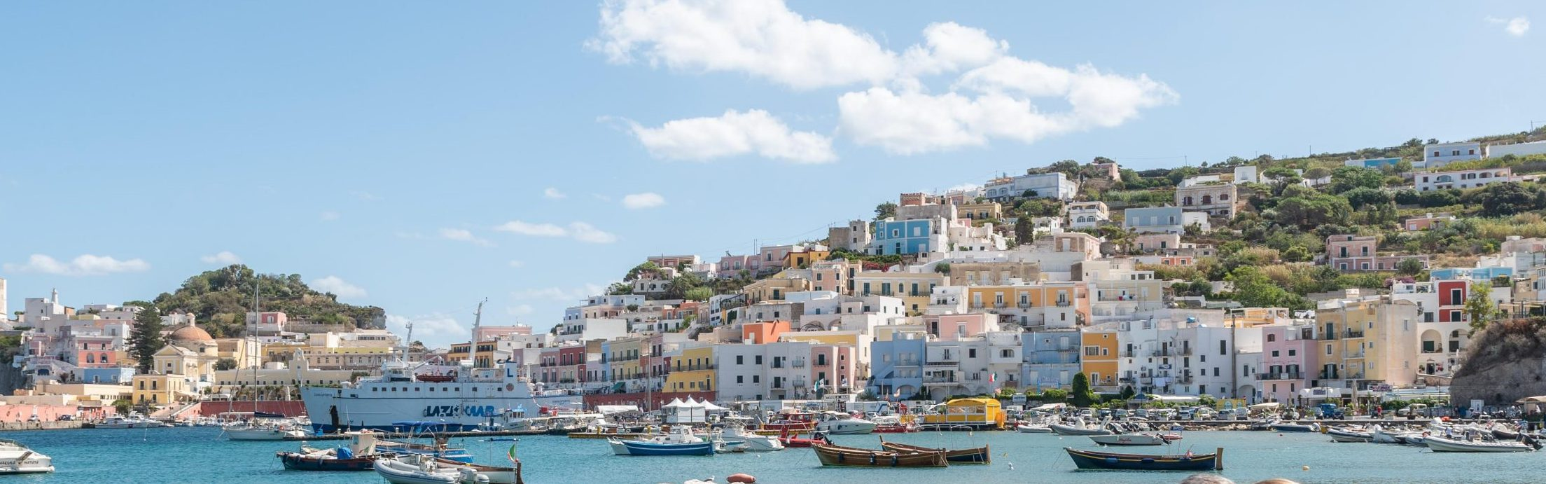 L'isola di Ponza, dove dormire per sentirsi come a casa