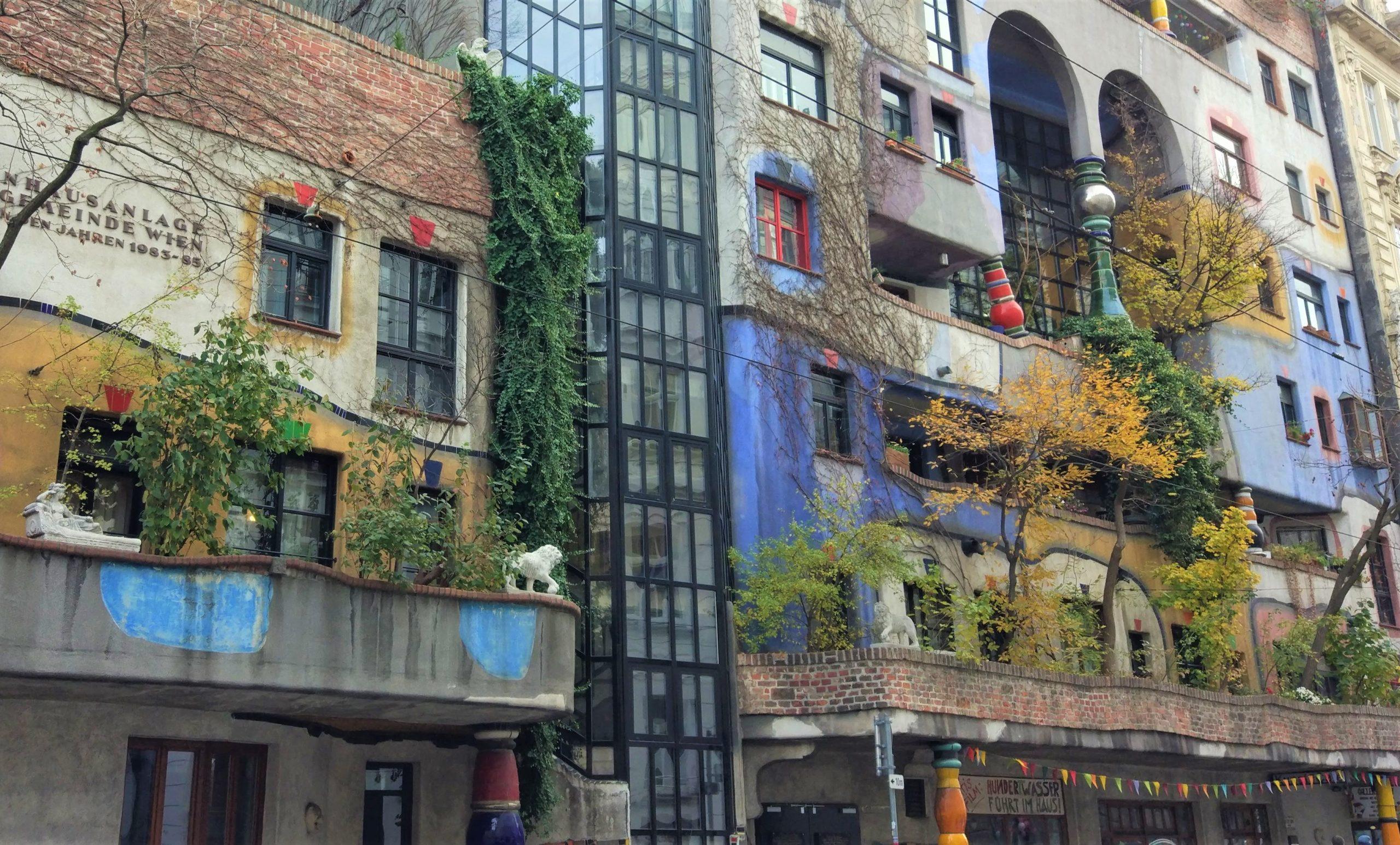 Hundertwasserhaus, complesso di case popolari, giardini pensili
