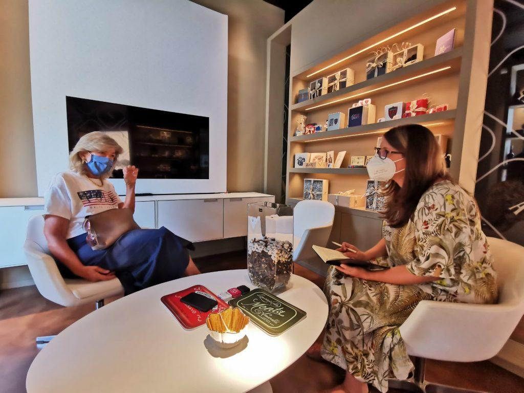 Intervista a Pina Amarelli nella sala di attesa del bar del museo della liquirizia